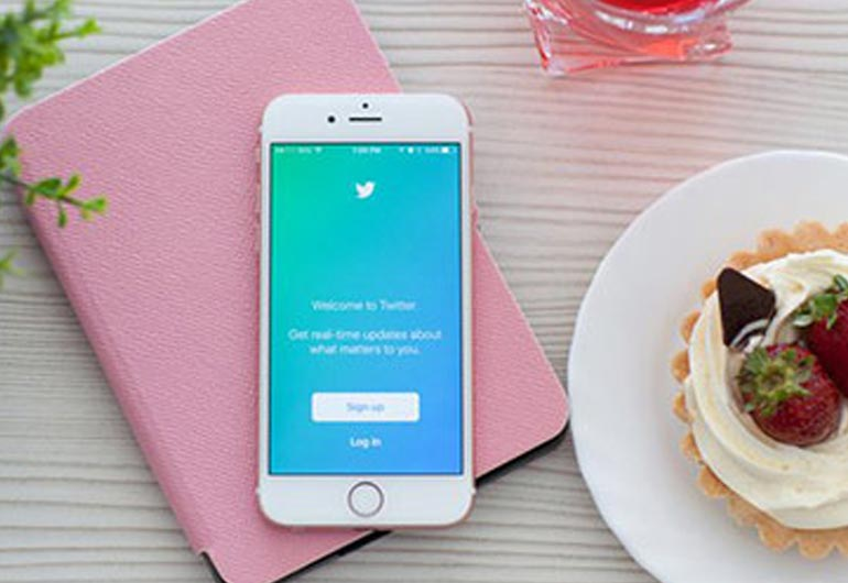 10 Ways to Use Twitter to Market Your Restaurant